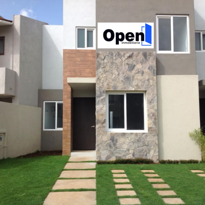 Casa en venta en Fraccionamiento Canarios Altozano, Morelia