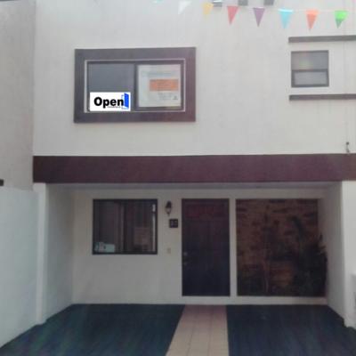 Casa en venta en Fraccionamiento Loma Larga, Morelia