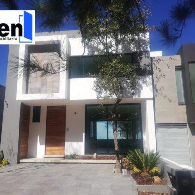 Residencia en venta en Vistas Altozano, Morelia.