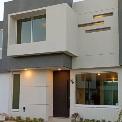 Hermosa casa en venta en Frac. Albatros, ven y conoce tu nuevo hogar.