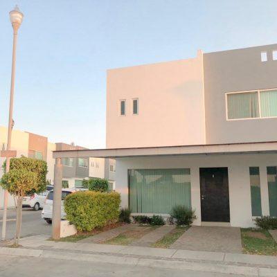 Casa en Venta Fraccionamiento Paseo del Refugio, por Altozano, Morelia. 318